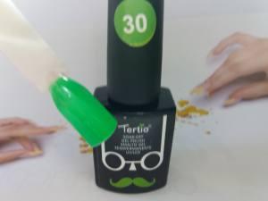 Гель-лак Tertio Baffo 10мл №30 зеленый