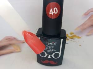 Гель-лак Tertio Baffo 10мл №40 красно-оранжевый