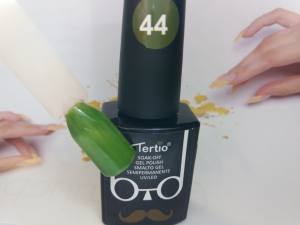 Гель-лак Tertio Baffo 10мл №44 травяной