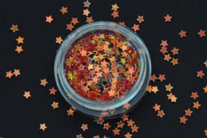 Камифубики (звезды) для дизайна ногтей красно-золотые голографически KF-15