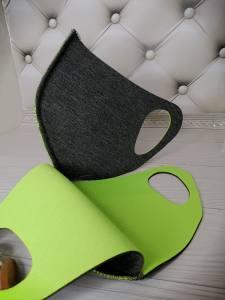 Маска защитная многоразовая из неопрена  со швом (32х12см)  Черно-салатовая