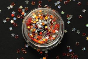Камифубики (звезды) для дизайна ногтей красно-золотые и серебро, голографические KF-16