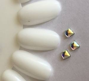 Стразы фигурные 3*5mm Crystal 81-33